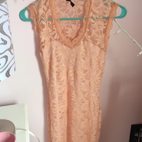 boutique Dresses & Skirts - Boutique Pink Floral Lace Dress